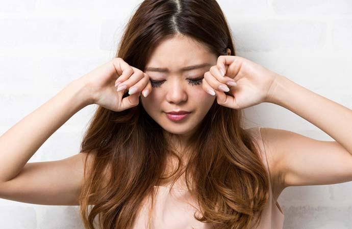目の疲れによる症状
