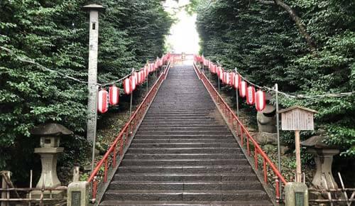 大崎八幡宮:大石段