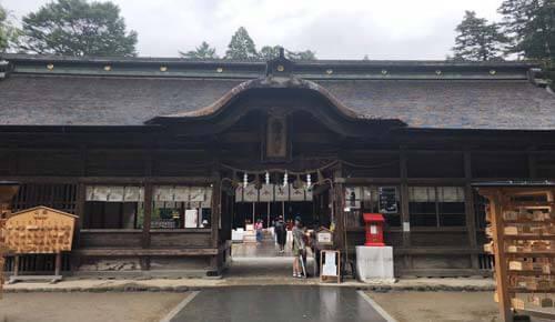 大崎八幡宮:重要文化財の長床